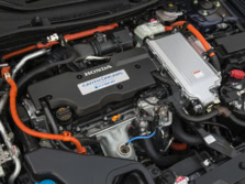 2015-Honda-Accord-Engine-4-1500x1000.jpg