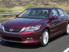2015-Honda-Accord-Front-Quarter-104-1500x1000.jpg