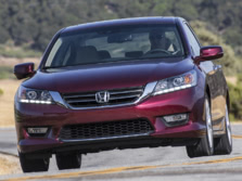 2015-Honda-Accord-Front-Quarter-105-1500x1000.jpg