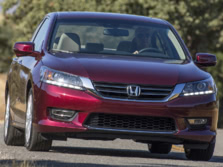 2015-Honda-Accord-Front-Quarter-107-1500x1000.jpg