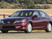 2015-Honda-Accord-Front-Quarter-108-1500x1000.jpg