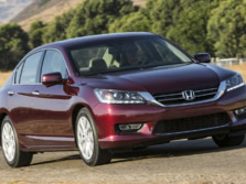 2015-Honda-Accord-Front-Quarter-109-1500x1000.jpg
