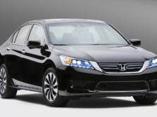 2015-Honda-Accord-Front-Quarter-113-1500x1000.jpg