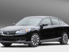 2015-Honda-Accord-Front-Quarter-114-1500x1000.jpg