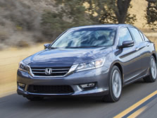 2015-Honda-Accord-Front-Quarter-117-1500x1000.jpg