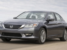 2015-Honda-Accord-Front-Quarter-119-1500x1000.jpg