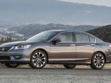 2015-Honda-Accord-Front-Quarter-120-1500x1000.jpg