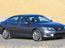 2015-Honda-Accord-Front-Quarter-124-1500x1000.jpg