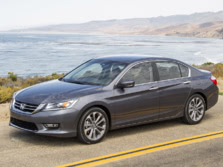 2015-Honda-Accord-Front-Quarter-126-1500x1000.jpg