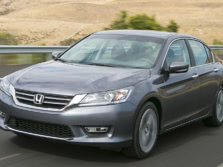 2015-Honda-Accord-Front-Quarter-127-1500x1000.jpg