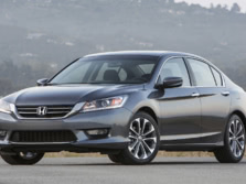 2015-Honda-Accord-Front-Quarter-128-1500x1000.jpg