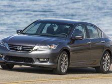 2015-Honda-Accord-Front-Quarter-132-1500x1000.jpg