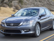 2015-Honda-Accord-Front-Quarter-141-1500x1000.jpg