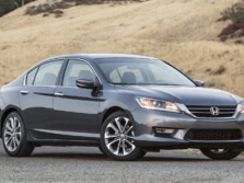 2015-Honda-Accord-Front-Quarter-142-1500x1000.jpg