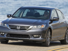 2015-Honda-Accord-Front-Quarter-144-1500x1000.jpg
