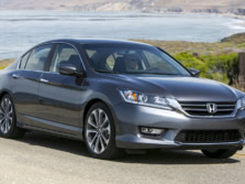 2015-Honda-Accord-Front-Quarter-149-1500x1000.jpg