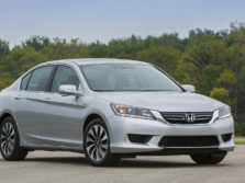2015-Honda-Accord-Front-Quarter-15-1500x1000.jpg