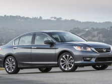 2015-Honda-Accord-Front-Quarter-151-1500x1000.jpg