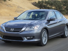 2015-Honda-Accord-Front-Quarter-154-1500x1000.jpg