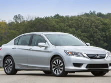 2015-Honda-Accord-Front-Quarter-16-1500x1000.jpg