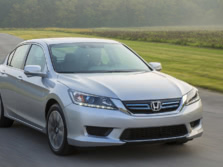 2015-Honda-Accord-Front-Quarter-17-1500x1000.jpg