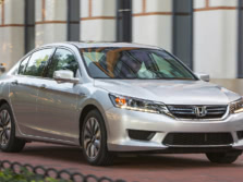 2015-Honda-Accord-Front-Quarter-29-1500x1000.jpg
