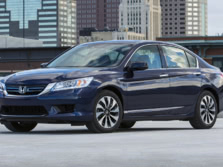 2015-Honda-Accord-Front-Quarter-32-1500x1000.jpg