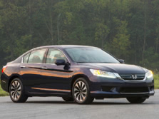 2015-Honda-Accord-Front-Quarter-35-1500x1000.jpg