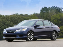 2015-Honda-Accord-Front-Quarter-38-1500x1000.jpg