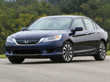 2015-Honda-Accord-Front-Quarter-40-1500x1000.jpg