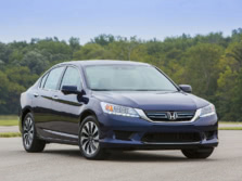 2015-Honda-Accord-Front-Quarter-42-1500x1000.jpg