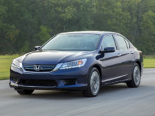 2015-Honda-Accord-Front-Quarter-44-1500x1000.jpg