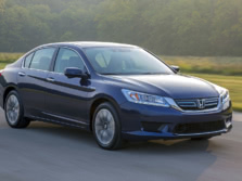2015-Honda-Accord-Front-Quarter-45-1500x1000.jpg