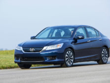 2015-Honda-Accord-Front-Quarter-46-1500x1000.jpg