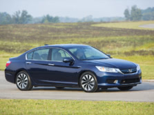 2015-Honda-Accord-Front-Quarter-47-1500x1000.jpg