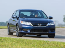 2015-Honda-Accord-Front-Quarter-49-1500x1000.jpg
