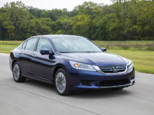 2015-Honda-Accord-Front-Quarter-51-1500x1000.jpg