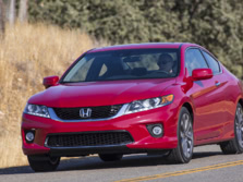 2015-Honda-Accord-Front-Quarter-66-1500x1000.jpg
