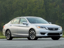 2015-Honda-Accord-Front-Quarter-9-1500x1000.jpg
