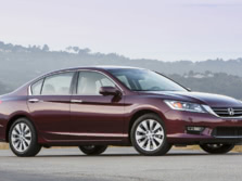 2015-Honda-Accord-Front-Quarter-93-1500x1000.jpg