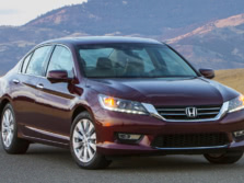 2015-Honda-Accord-Front-Quarter-97-1500x1000.jpg