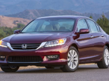 2015-Honda-Accord-Front-Quarter-99-1500x1000.jpg
