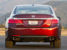 2015-Honda-Accord-Rear-4-1500x1000.jpg