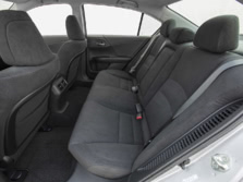 2015-Honda-Accord-Rear-Interior-7-1500x1000.jpg