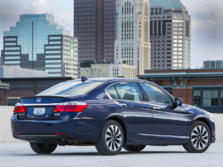 2015-Honda-Accord-Rear-Quarter-11-1500x1000.jpg