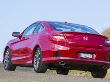 2015-Honda-Accord-Rear-Quarter-25-1500x1000.jpg