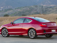 2015-Honda-Accord-Rear-Quarter-26-1500x1000.jpg