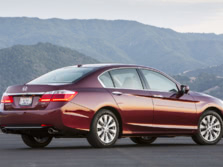 2015-Honda-Accord-Rear-Quarter-31-1500x1000.jpg