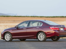 2015-Honda-Accord-Rear-Quarter-32-1500x1000.jpg