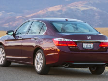 2015-Honda-Accord-Rear-Quarter-35-1500x1000.jpg